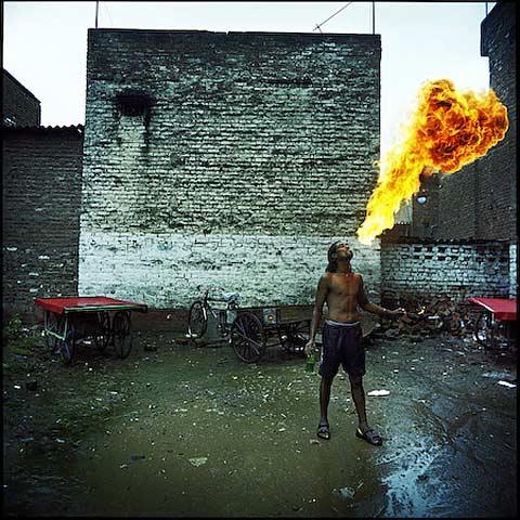 zack-canepari fire eater photography