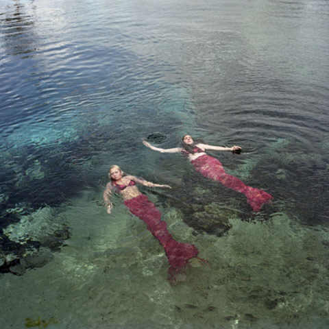 Underwater Mermaid Theater Annie-Collinge photography