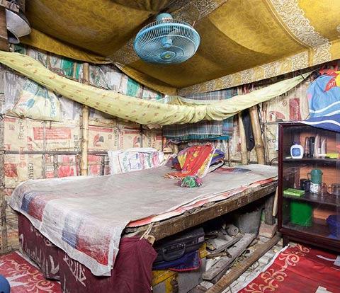 Bangladesh slum huts Sebastian-Keitel photography