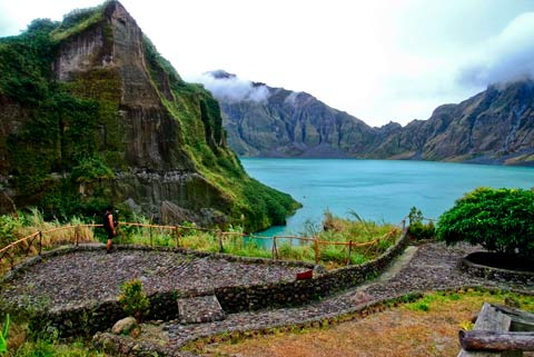 Mount Pinatubo in the province of Pampanga Veejay Villafranca