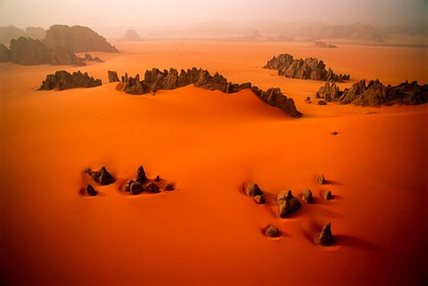 George-Steinmetz Sandstone Pinnacles, Karnasai Valley, Chad, 1998