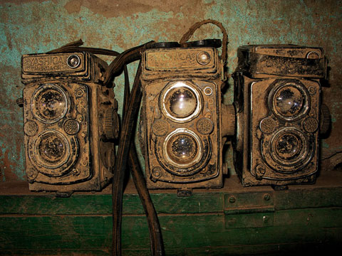 Photographer Documents Diminishing Darkrooms Around the World