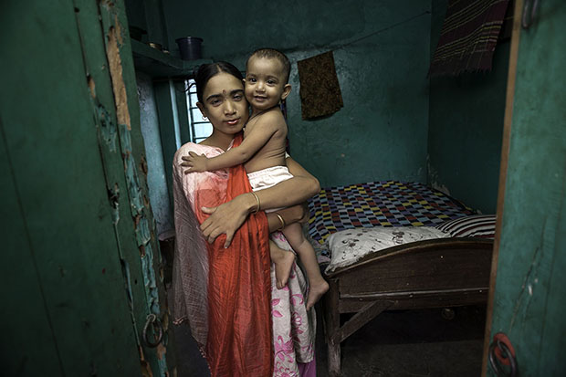 Living On A Dollar A Day:  The Lives And Faces Of The Worlds Poor