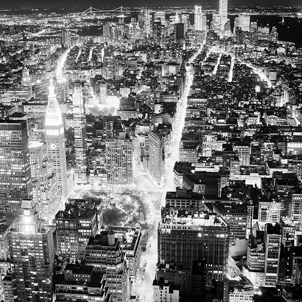 Dynamic Photos of New York at Night