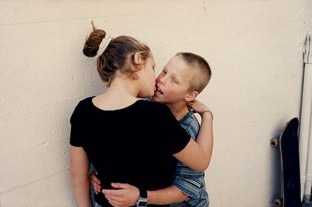 'Teenage Kissers': Raw Photographs Capture Young Love