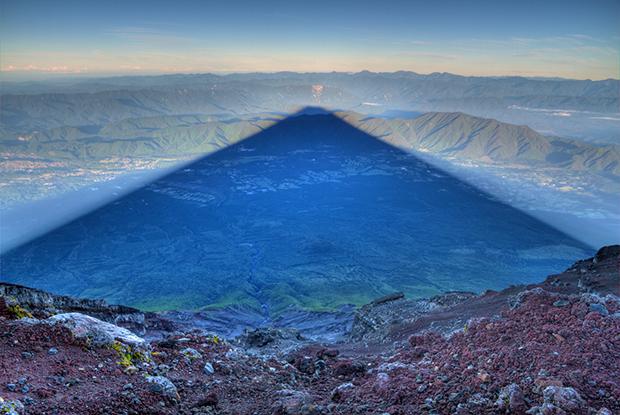 Photo du Jour: Shadow of Mount Fuji