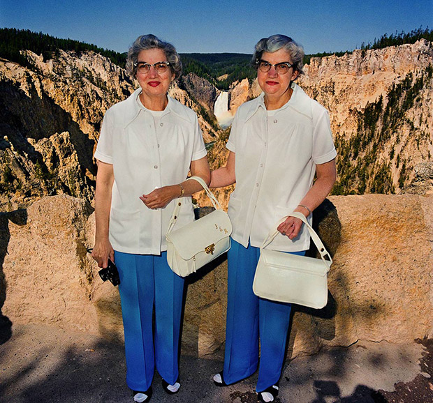 Delightful Portraits of American Tourists Sightseeing in the 1980s