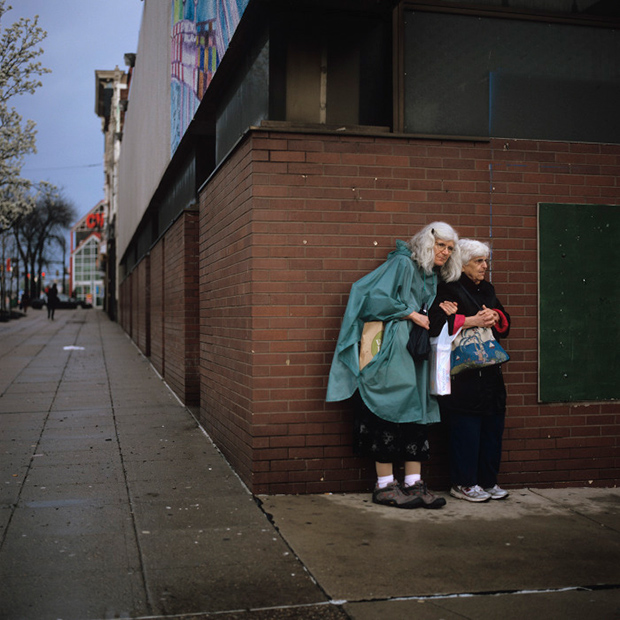 Incredible Moments of Tenderness Found In the Struggling Mill Towns of Pittsburgh