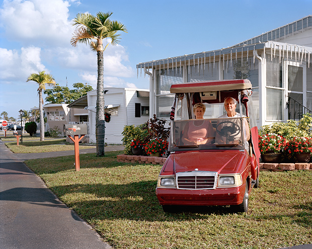 Photos of a Florida Trailer Park Home to Retired Couples From Quebec