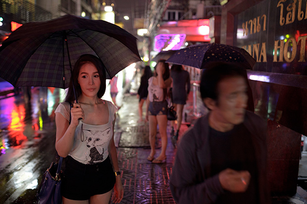 Intimate Photos Explore the Culture of Thailand's 'Ladyboys' (NSFW)