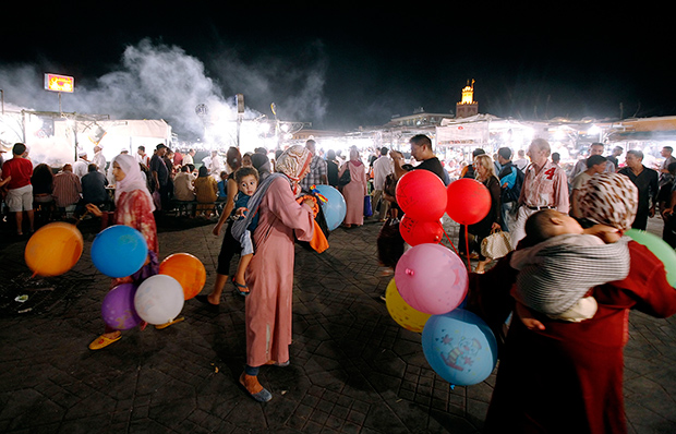Vibrant Photos of Marrakesh's Jemaa el Fna Marketplace