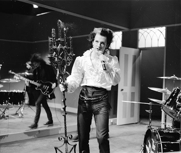 Gavin_Watson_Dave_Vanian_The_Damned_1986_04