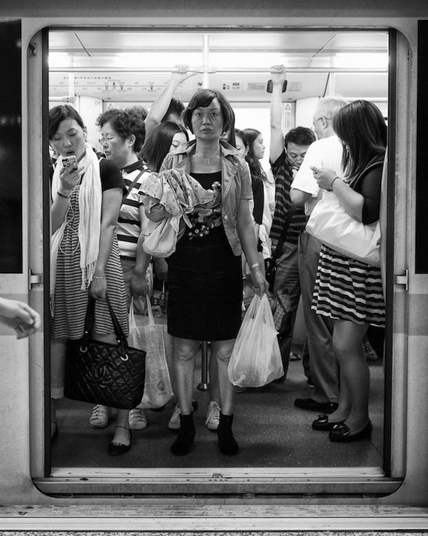 Subway still life: Zhaojiabang Rd. station, 2013