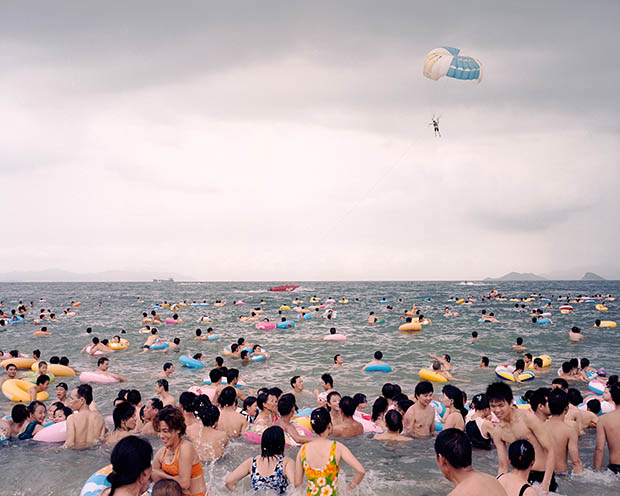 Surreal Photographs of Life Along China's Coastline