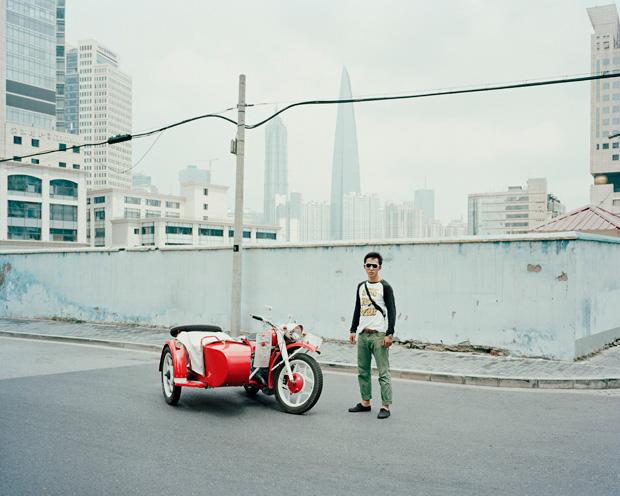Shanghai's Sidecar Riders
