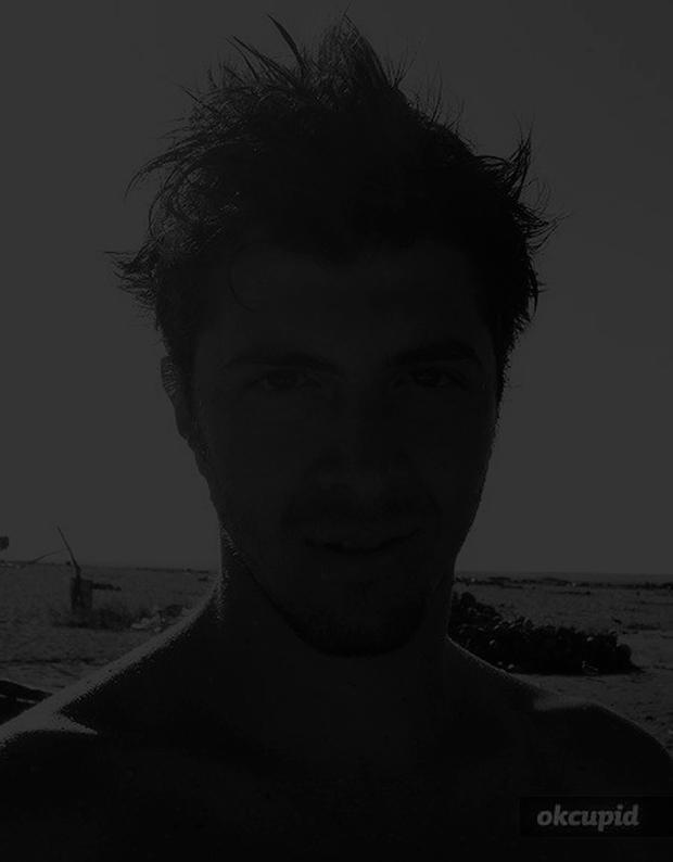 11_TeriFullerton_Internet-dating-mr