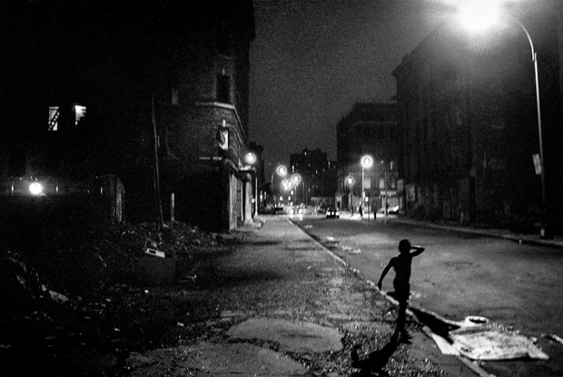Raw Photographs Capture the East Village During the Heroin Epidemic of the 1980s
