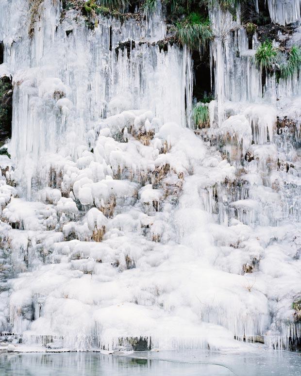 110308_ice012_s