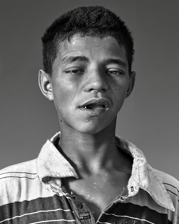 Sobering Portraits Look at the Residents of São Paulo's 'Crackland'