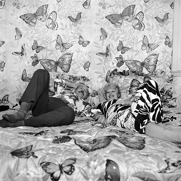 022_75_61_05_gross_butterfly_bedroom_emeadow_cmyk