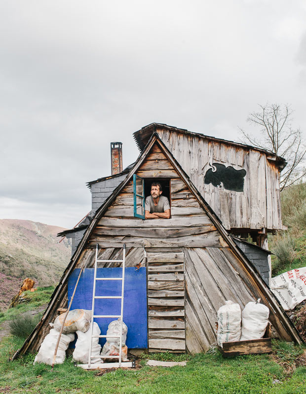Portraits of a Community Living Off the Grid in a Remote Spanish Ecovillage