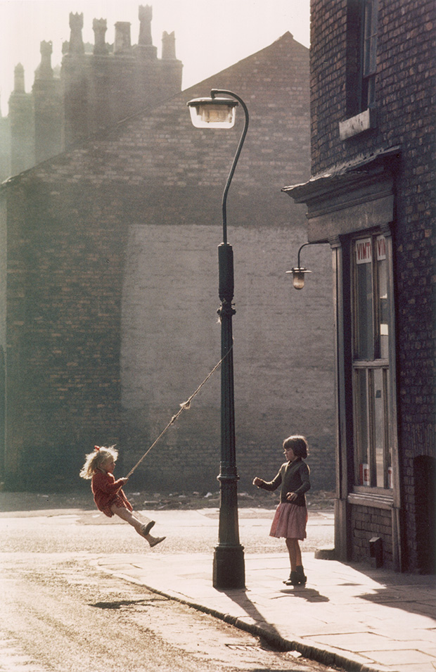 03_Press-Images-l-Shirley-Baker,-Hulme,-1965