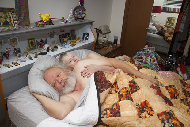 Photographer Captures Individuals at Their Most Vulnerable: Just After Waking Up
