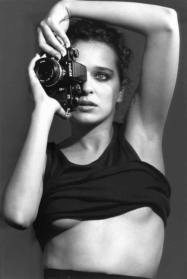 136.-Autoportorait-de-Valeria-Golino-par-moi-meme,-Avril-1991,-Los-Angels
