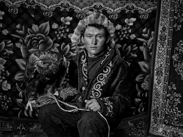 The Vanishing Tradition of Eagle Hunting in Mongolia Captured in Timeless Photo Book