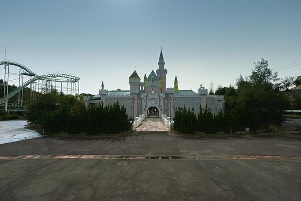 reginald-van-de-velde-abandoned-amusement-parks 10