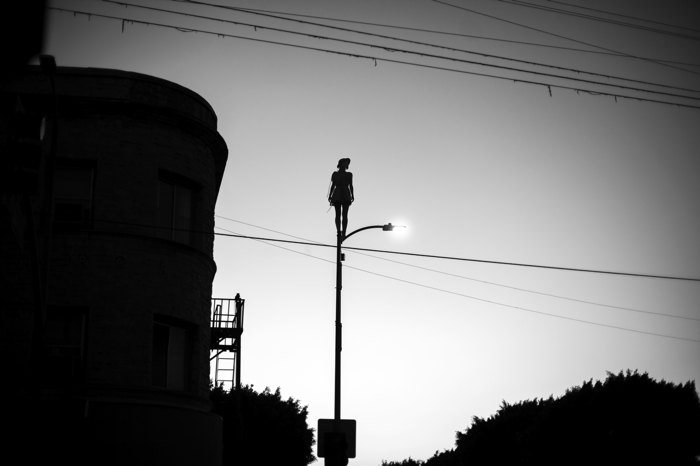 MIKESBUTT_Silhouette_Lampost