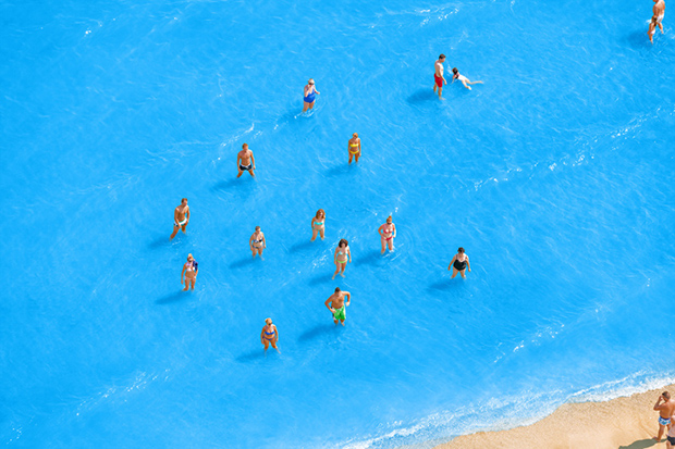 07 - Adriatic Sea (staged) Dancing People 2015-LR