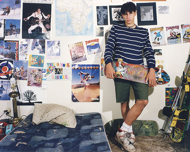 Poignant Photos of 1990s Teenagers in Their Bedrooms ... on 90 Room  id=72977
