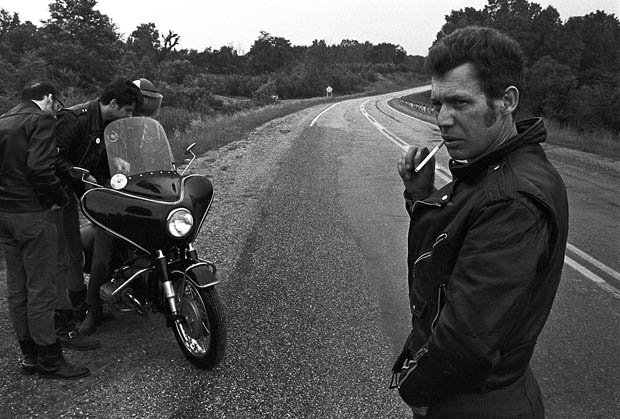 motorcycle gang photographer  Extraordinary Photos of a Gay Motorcycle Club in the 1960s - Feature ...
