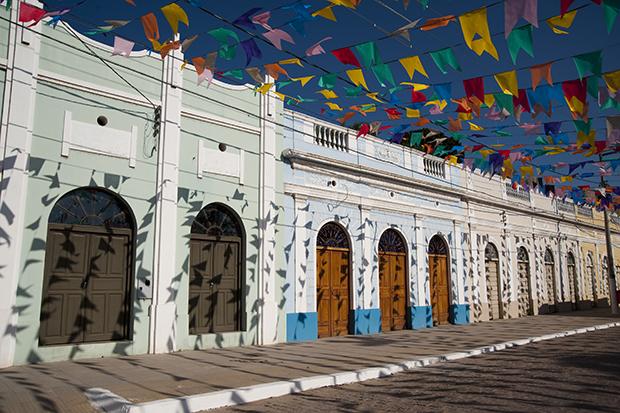 Bandeirinhas nas ruas de Corumbá, Mato Grosso do Sul