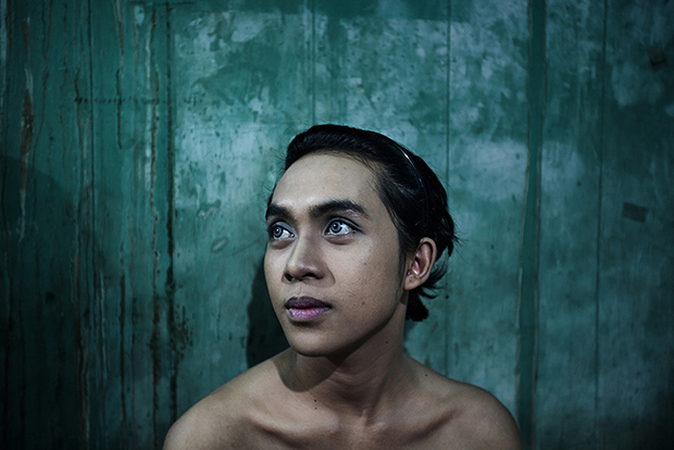 A Look at the Lives of Transgender Women in Indonesia