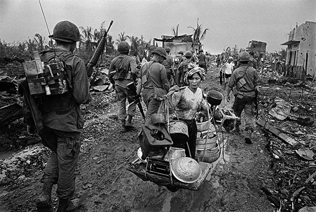 VIETNAM. The battle for Saigon. Refugee from US Bombing. 1968