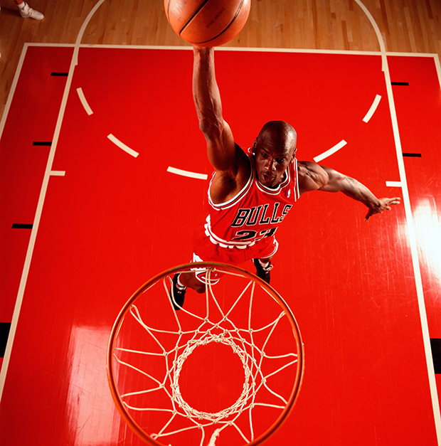 Walter Iooss_Red Dunk, Deerfield, Ill 1992