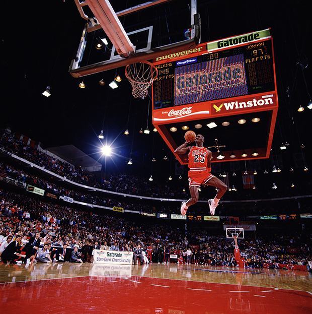 Walter Iooss_Slamdunk '88, Slam Dunk Contest, Chicago, Ill 1988