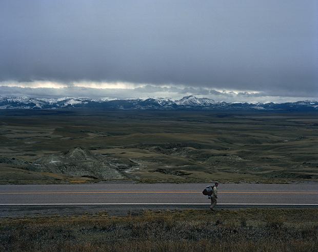 traveler_man_and_mountains_+2+