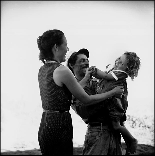 CUBA. Bahia Honda. Fisherman and family. Island girl. 1954.