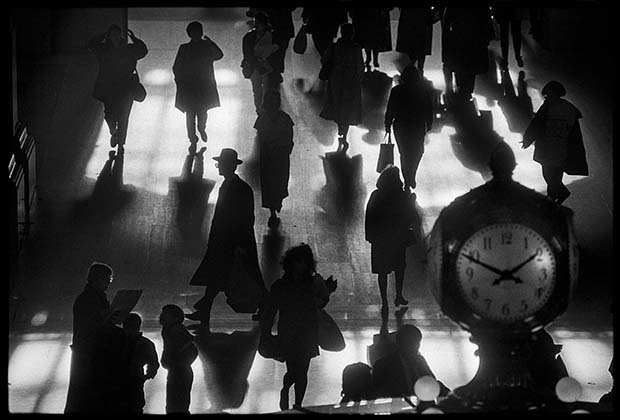 Grand Central Terminal, NYC, 1990 © Richard Sandler / The Eyes of the City